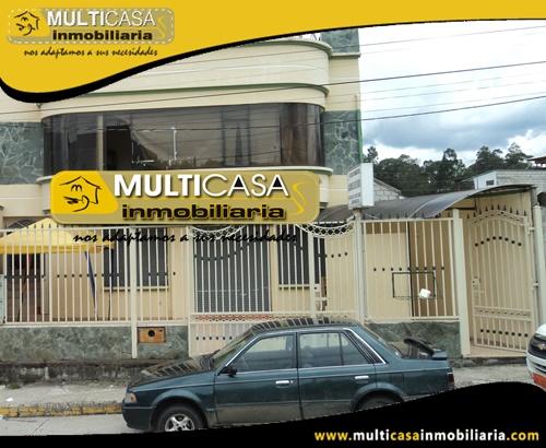 Casa en Venta a Crédito con Local Comercial Sector Ordoñez Lasso Cuenca-Ecuador
