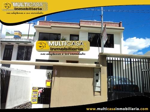 Casa en Venta de Dos Departamentos Sector El Vecino Cuenca-Ecuador