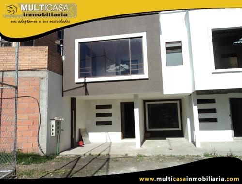 Casa en Venta a Crédito en Condominio Privado Sector Av. 1ero de Mayo Cuenca-Ecuador