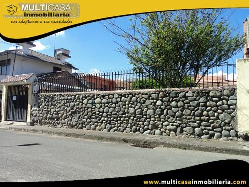 Terreno con Media agua y Licencia Urbanística Sector Totoracocha Cuenca-Ecuador