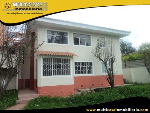 Casa Rentera en Venta a Crédito Sector Av. Ordoñez Lasso Cuenca-Ecuador