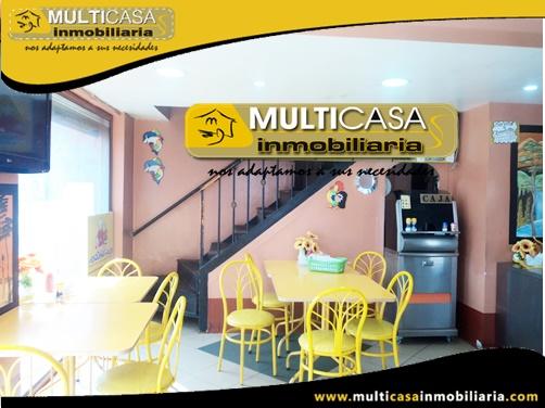 Casa en Venta con Cuatro Locales Comerciales a Crédito Sector Feria Libre Cuenca-Ecuador
