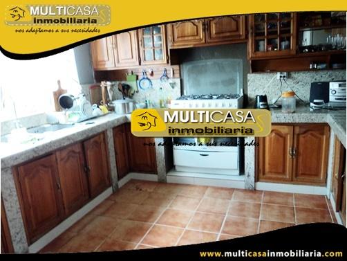 Casa en Venta a Crédito Sector Parque Iberia Cuenca-Ecuador