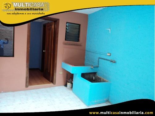 Casa en Venta a Crédito en Ciudadela Privada Sector Centro de la Ciudad Cuenca-Ecuador