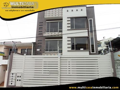 Edificio en Venta a Crédito de Cuatro Departamentos Sector Av. de las Américas Cuenca-Ecuador