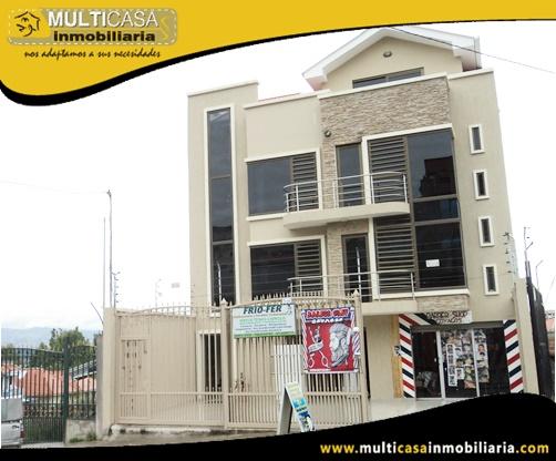 Edificio en Venta a Crédito de Cuatro Departamentos con Dos Locales Comerciales Sector Miraflores Cuenca-Ecuador