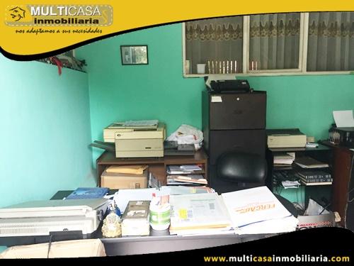 Casa Comercial en Venta a Crédito Sector Héroes de Verdeloma Cuenca-Ecuador