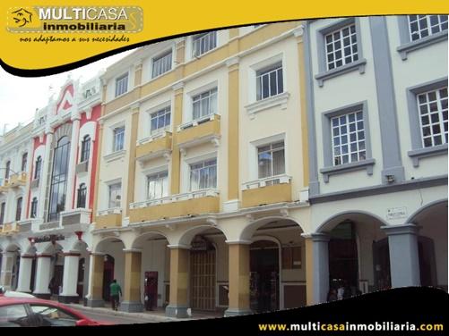 Edificio en Venta a Crédito con dos Locales Comerciales Sector El Sagrario Loja-Ecuador