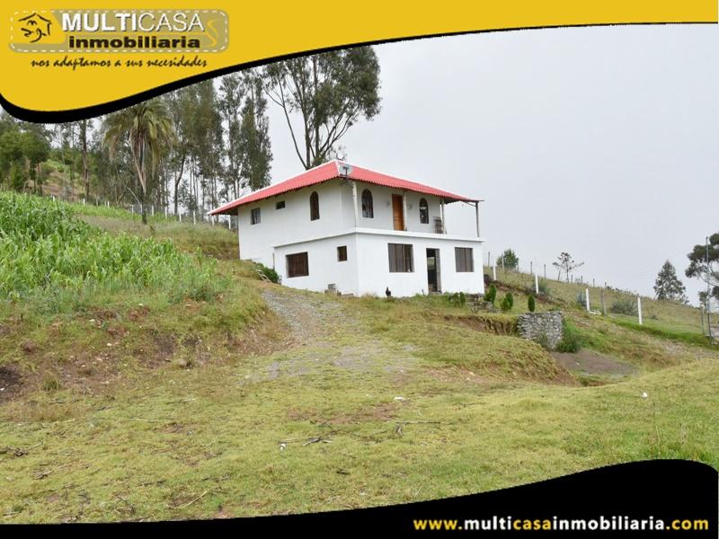 Casa en Venta a Crédito Remodelada de dos pisos Sector Pirincay Alto Paute-Ecuador