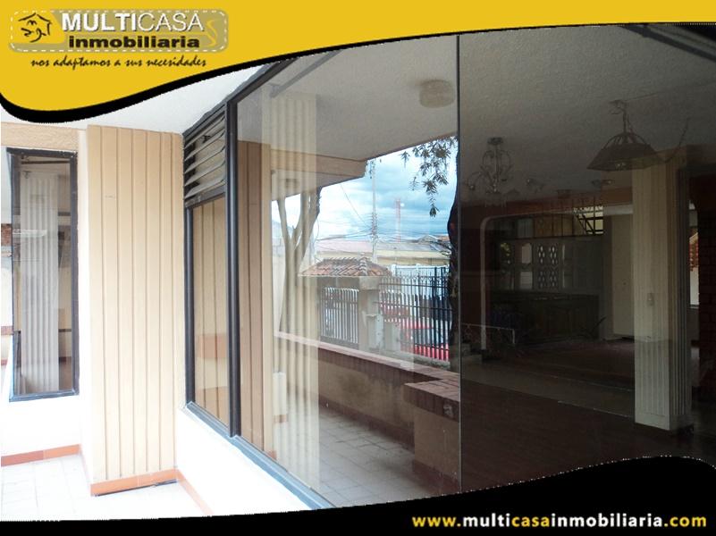 Arriendo Casa Amplia Sector Bella Vista Cuenca-Ecuador