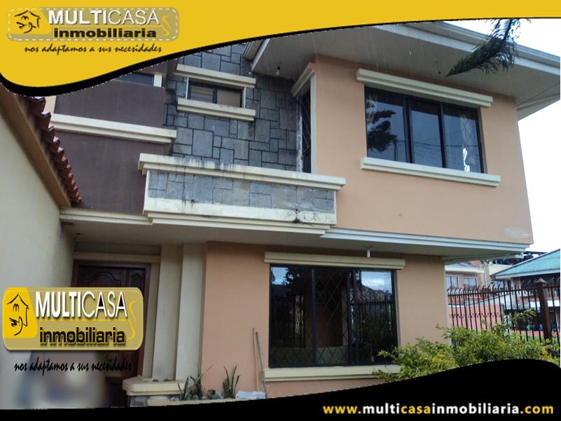 Casa en venta a Crédito Sector Colegio Borja Cuenca-Ecuador
