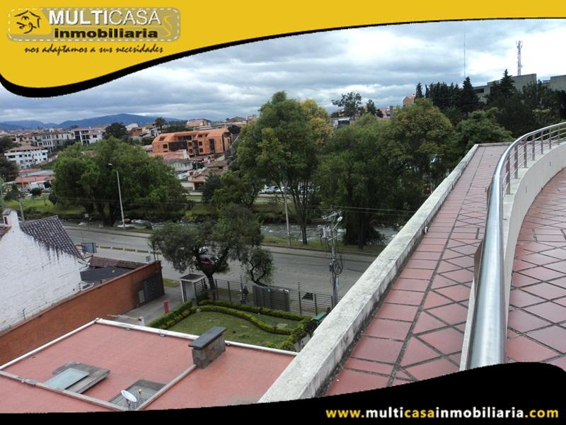 Suite de Venta a Crédito Sector Av. 12 de Abril Cuenca-Ecuador