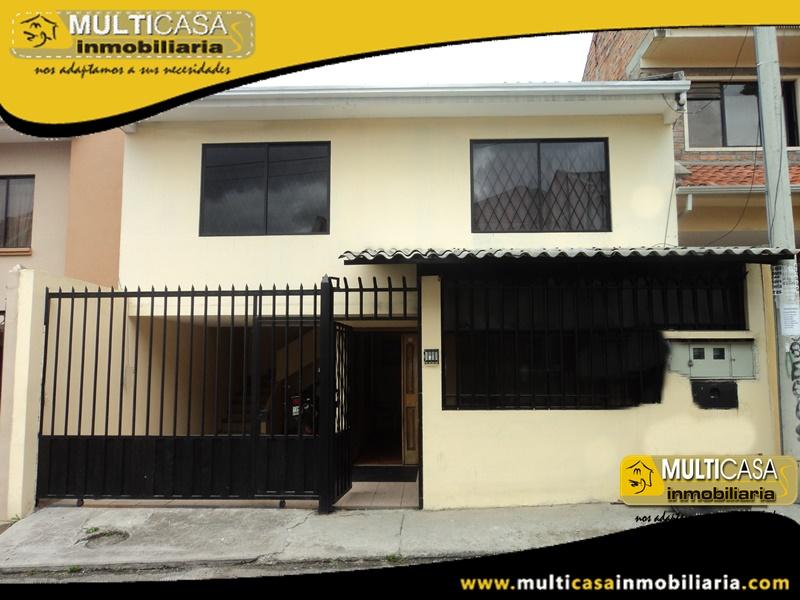 Casa de Oportunidad en Venta de Dos Departamentos Sector Totoracocha Cuenca - Ecuador