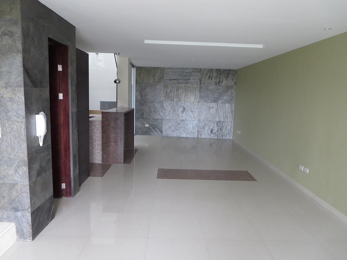 Vendo Hermosa Casa por Estrenar Sector Vista Linda