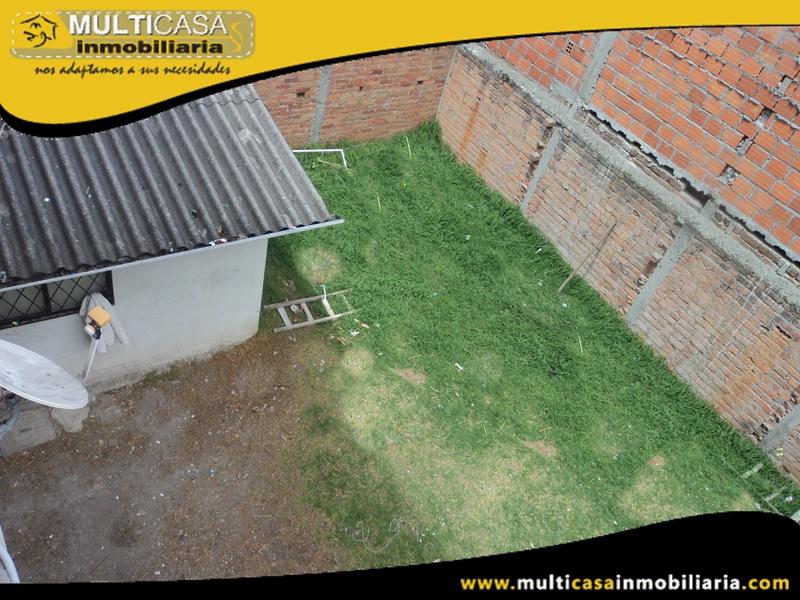 Edificio en Venta De Doce Departamentos y un local Comercial Sector Centro de la Ciudad Cuenca-Ecuador
