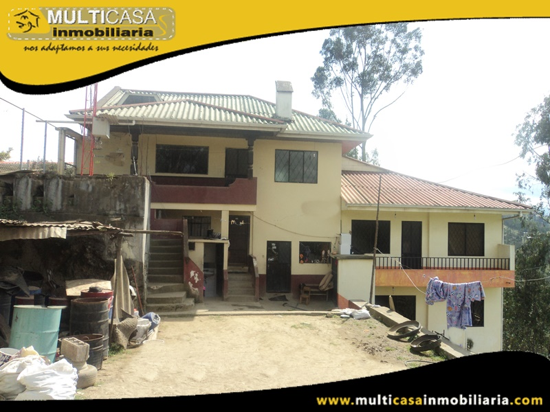 Casa de 5777 metros de terreno  en Venta a Crédito Sector Rayoloma Cuenca-Ecuador