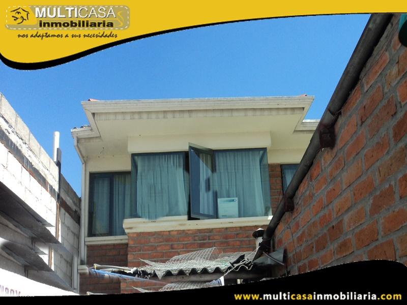 Casa Comercial en Venta a Crédito Sector Ordoñez lasso Cuenca-Ecuador