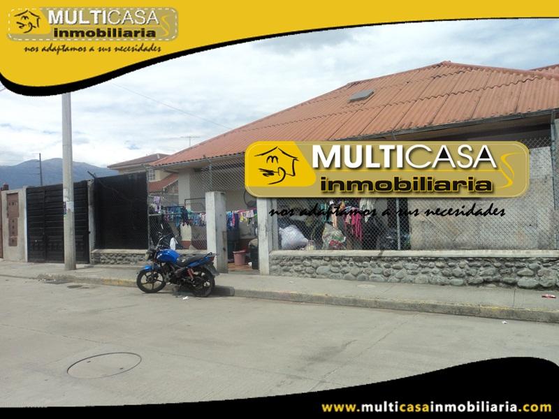 Casa Comercial con 12 Habitaciones en Venta a Crédito Sector Jardínes de San Joaquín Cuenca - Ecuador