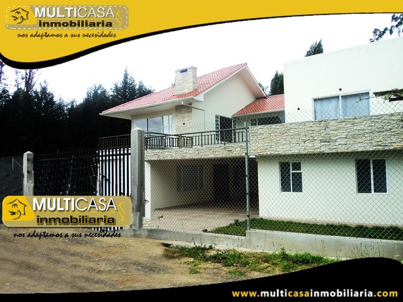Casa en Venta a Crédito en Urbanización Privada Sector San Joaquín Cuenca-Ecuador
