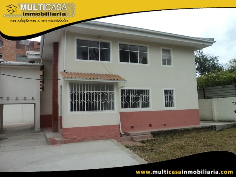 Casa en Venta De Dos Departamentos a Crédito Sector Ordoñez Lasso Cuenca-Ecuador