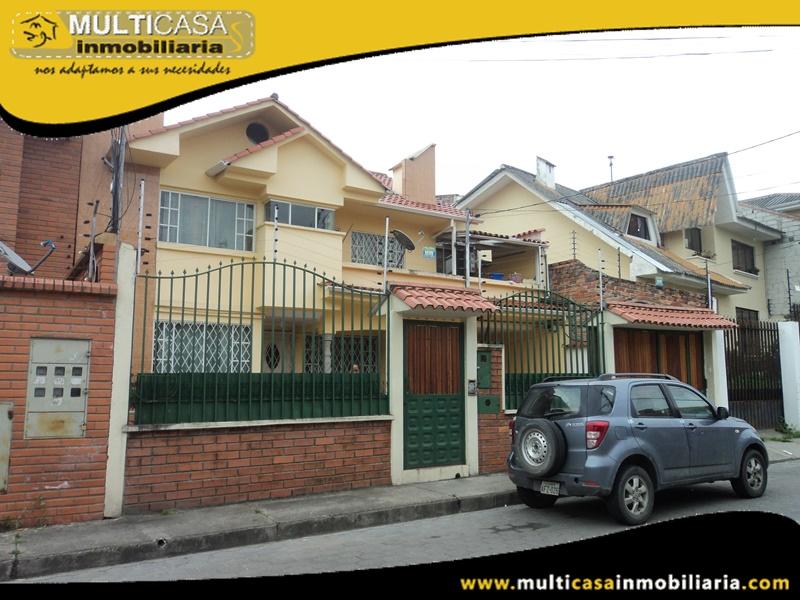 Casa de Tres Departamentos en Venta a Crédito Sector Gapal Cuenca-Ecuador