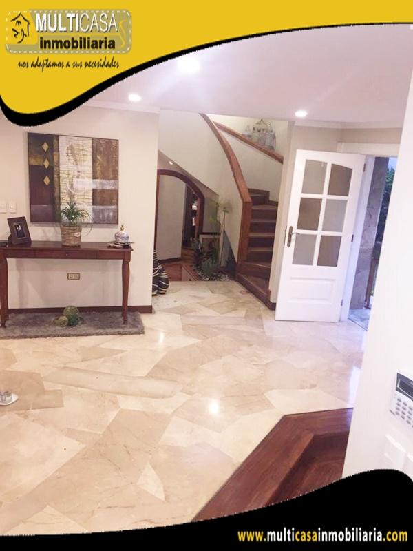 Casa en Venta a Crédito Sector Av. Primero de Mayo Cuenca - Ecuador