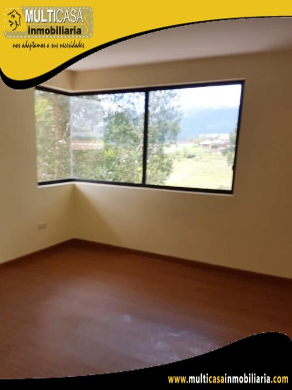 Casa en Venta a Crédito en Urbanización Privada Sector Los Cerezos Cuenca - Ecuador