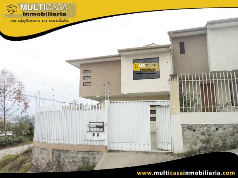 Casa en Venta en Urbanización privada a Crédito Sector el Valle Cuenca Ecuador