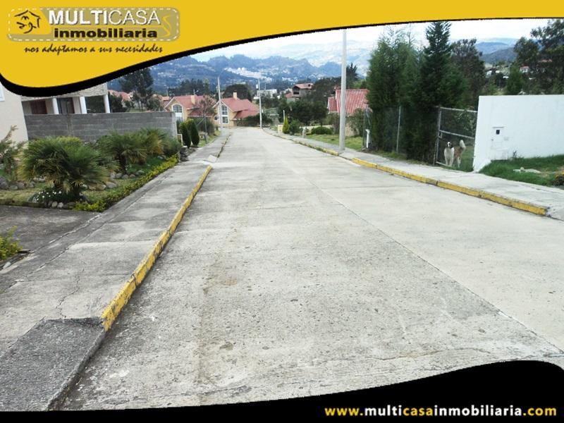 Terreno en Venta a  Crédito En Condominio con licencia Urbanistica Sector Challuabamba Cuenca-Ecuador
