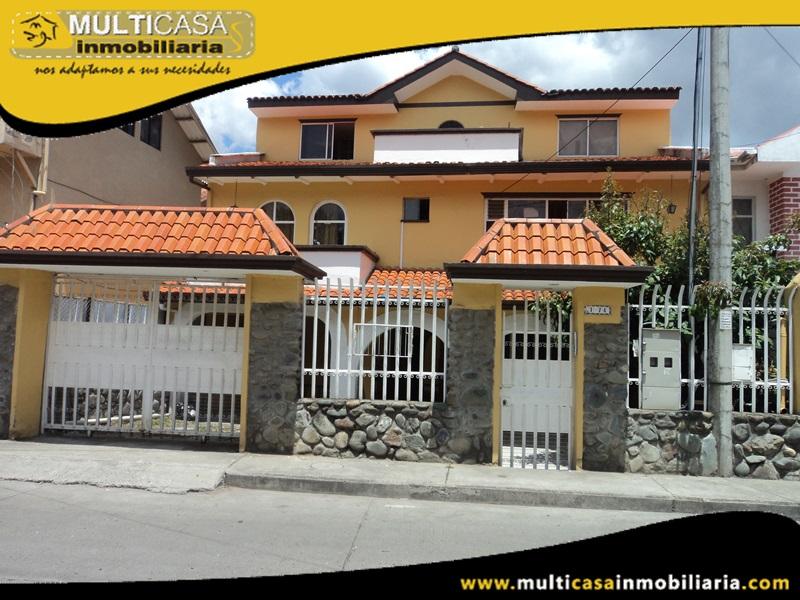 Casa Rentera en Venta a Crédito de Tres Departamentos Sector 10 de Agosto Cuenca-Ecuador