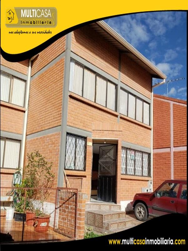 Casa en Venta a Credito en Urbanización los Nogales Sector Machangara Cuenca -Ecuador