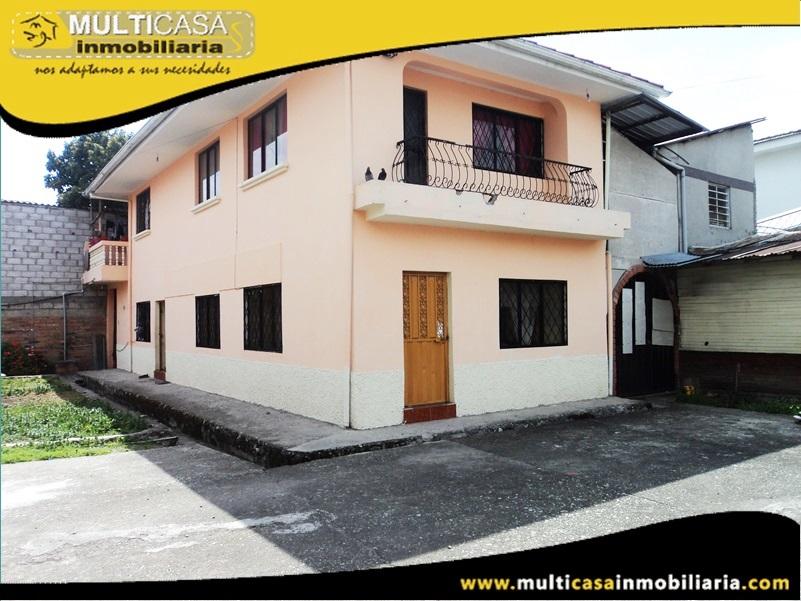Casa en Venta  Sector Av. Loja Sin Garaje y Con Entrada Peatonal Cuenca-Ecuador