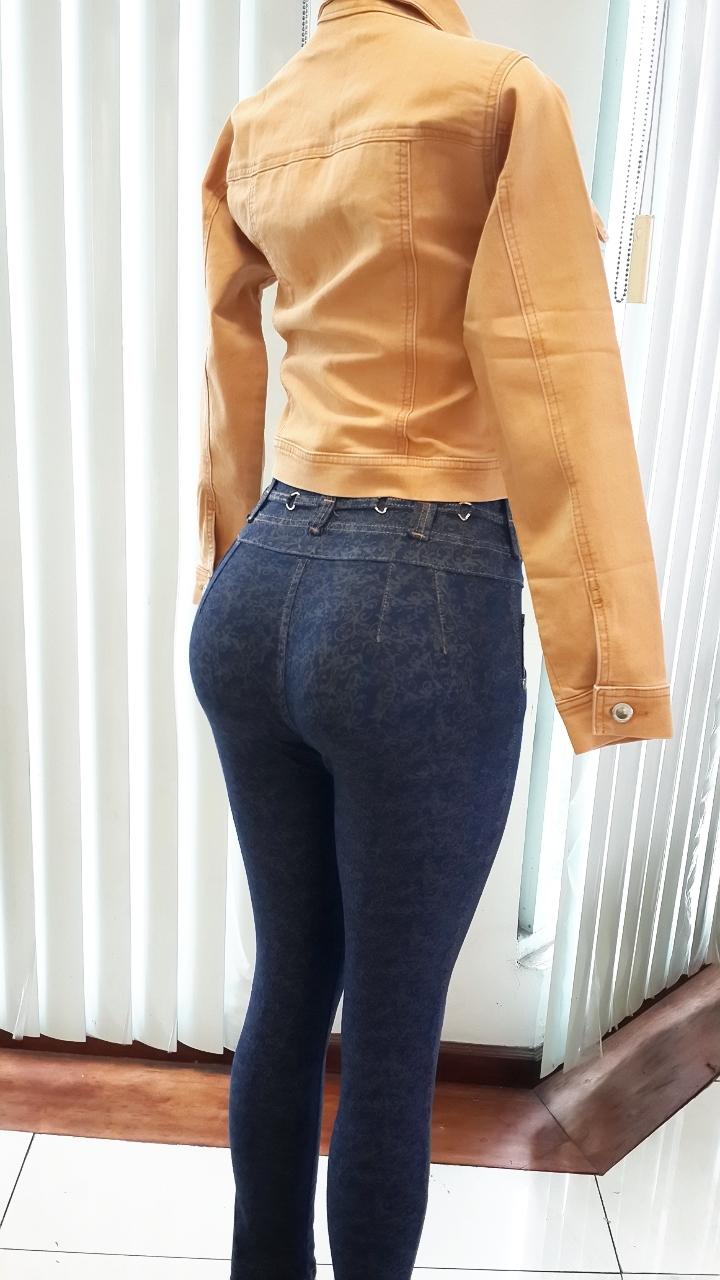 CV Confecciones - CV Jeans