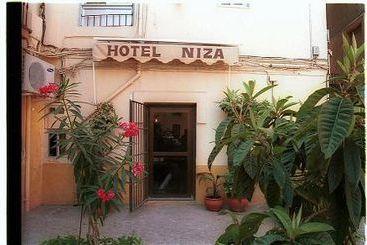 Hostal Niza