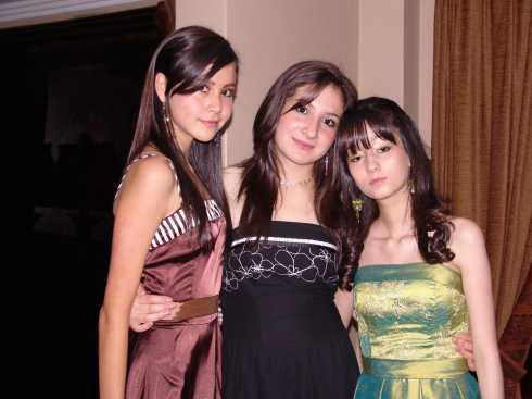 Quince A�os Daniela Narvaez .- Gabriela Ortega, Gabriela Pozo y Daniela Machuca