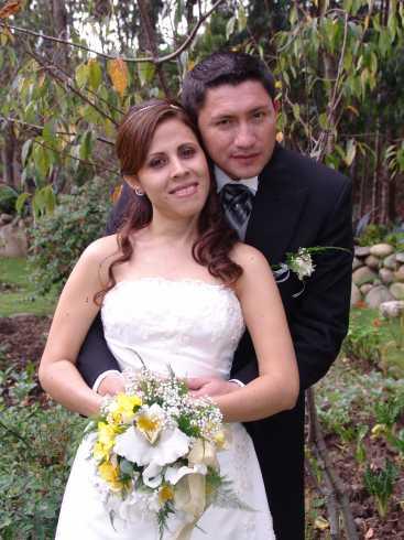 Boda Arias Pazmiño .- Los novios, Kailen Pazmiño y Fernando Arias. Se fueron de luna de miel al Caribe