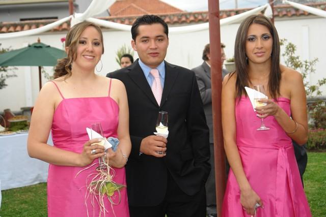 Gloria Espinoza, William Cardenas, Belén Ambrosi .-