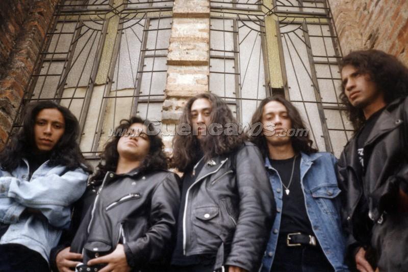1995-1999 .- JUAN PABLO HURTADO - VOZ PAULO FREIRE - GUITARRA  XAVIER CALLE - BAJO  BOLIVAR GUACHICHULCA - GUITARRA GEOVANY SAGBAY - BATERIA