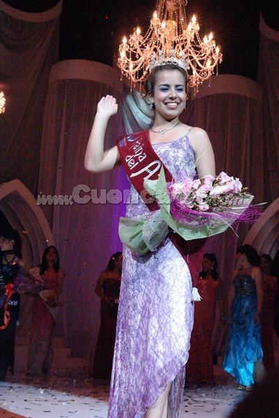 Belén Arichávala .- Belén Arichávala, Reina del Azuay 2008b