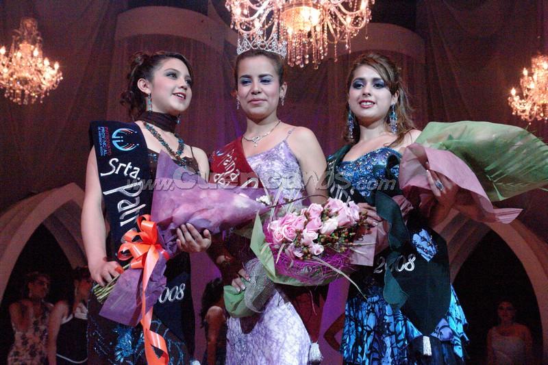 Reina del Azuay 2008 .- Erika Tirado Srta. Patronato, Belén Arichabala Reina del Azuay y Karina Peralta Srta. Turismo