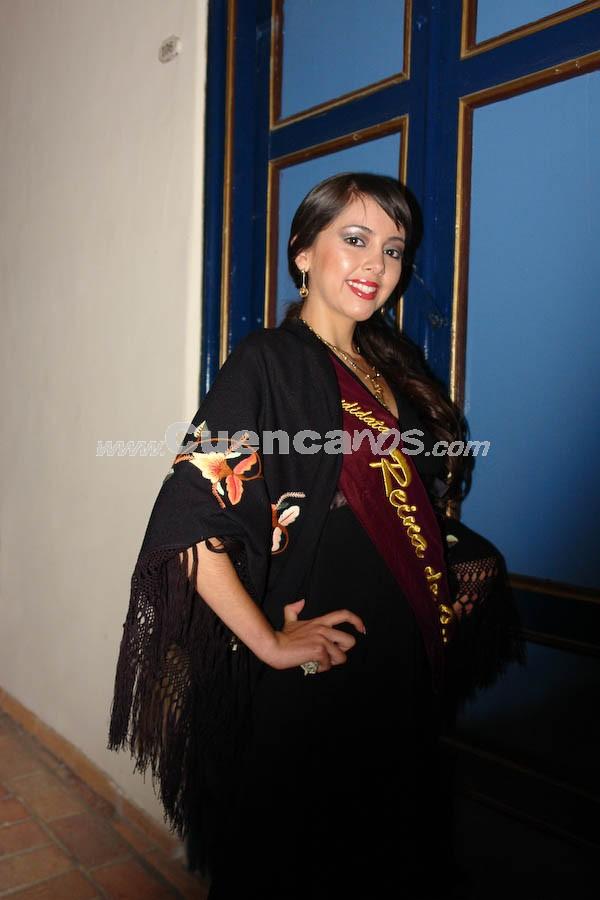 Emilia Alvarez .- En el Parque de Santo Domingo, se realizó la serenata en honor a las Candidatas a Reina de Cuenca 2008.