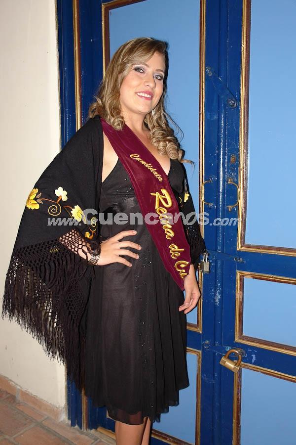 Sofía Guillén Larriva .- En el Parque de Santo Domingo, se realizó la serenata en honor a las Candidatas a Reina de Cuenca 2008.