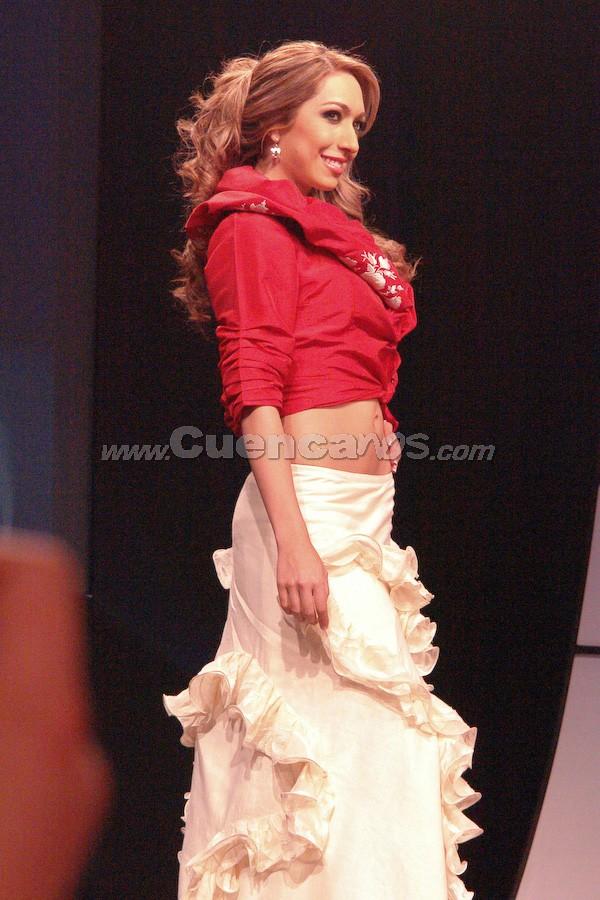 María Daniela Cabrera Palacios .- Candidata a Reina de Cuenca 2008, en el evento que se realizó en el Centro de Convenciones del Mall del Río, el día Viernes, 24 de octubre de 2008 a las 21h00.