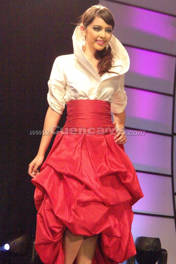 Emilia Álvarez Mancero .- Candidata a Reina de Cuenca 2008, en el evento que se realizó en el Centro de Convenciones del Mall del Río, el día Viernes, 24 de octubre de 2008 a las 21h00.