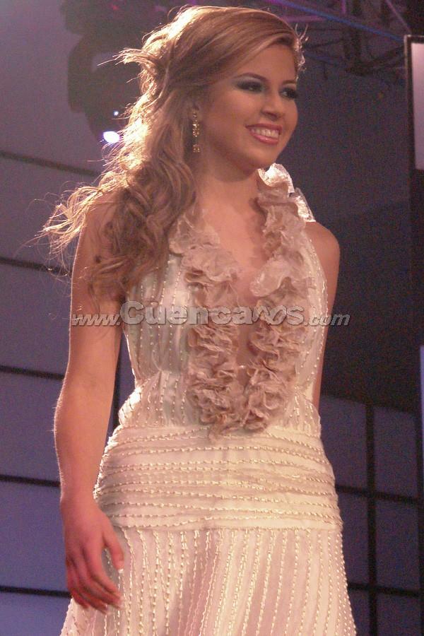 María Fernanda Segovia .- Candidata a Reina de Cuenca 2008, en el evento que se realizó en el Centro de Convenciones del Mall del Río, el día Viernes, 24 de octubre de 2008 a las 21h00.