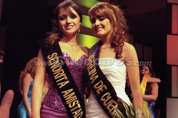 Tatiana Dávila Avila y María Paz Ordoñez .- Tatiana Dávila Avila (Srta. Amistad) y María Paz Ordoñez(Virreina de Cuenca 2008)