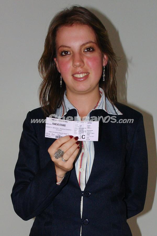 Poleth Jaramillo Añazco  .- Poleth Jaramillo Añazco participó y gano una entrada para la Farra Concierto de Chichi Peralta para festejar las Fiestas de Cuenca 2008.