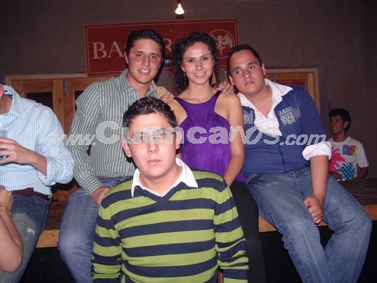 Farra en Loft por Fiestas de Cuenca 2008 .- Bolívar Roldàn, Andrés Sanchez, Estefany León y Sebastián García