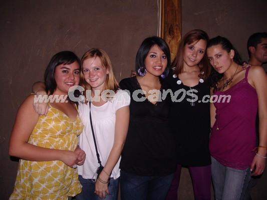 Farra en Loft por Fiestas de Cuenca 2008 .- Cecilia Vintimilla, Eigenie Gillot, María Belén Iglesias, Vicky Espinoza, Alexandra Saa