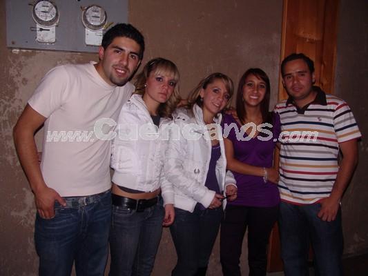 Farra en Loft por Fiestas de Cuenca 2008 .- Diego Sola, María Paz Coellar, Belén Coellar, Javier Espinoza,